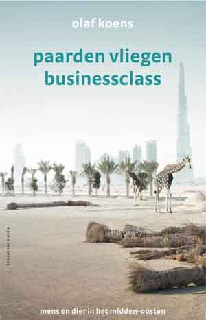 Olaf Koens Paarden vliegen businessclass Recensie