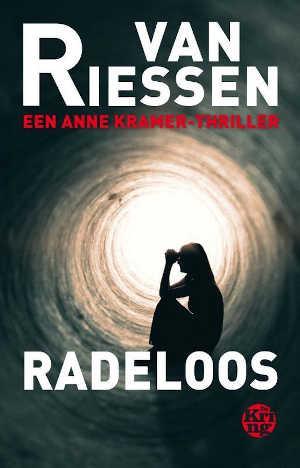 Joop van Riessen Radeloos Recensie