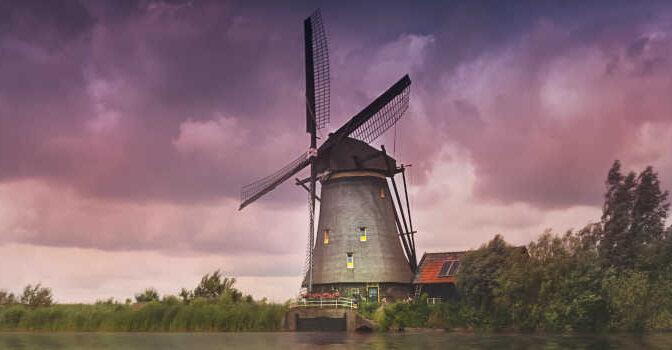 Nederland Resgidsen Nieuwe Reisgids van Nederland