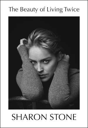 Sharon Stone The Beauty of Living Twice Recensie